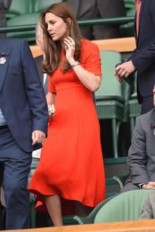 2015 tragt Herzogin Kate ein LK Bennet Kleid in Wimbledon