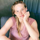 Ungeschminkt verrät Bar Refaeli was sie in Quarantäne vermisst