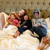 Happy Family! Wenn ihre Kids Rani, Bing und Ryder glücklich sind, ist Kate Hudson auch glücklich. Nicht nur am Muttertag.