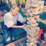 11. Mai 2020  Hier sind gute Laune und Fingerspitzengefühl gefragt: Kurz nachdem dieser Schnappschuss entsteht, bringt Schauspielerin Emma Roberts denJenga-Turm zum Einsturz, wie sie in ihrem Instagram-Post verrät.