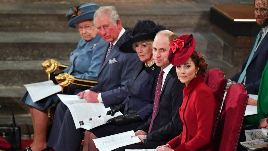 Queen Elizabeth, Prinz Charles, Herzogin Camilla, Prinz William und Herzogin Catherine