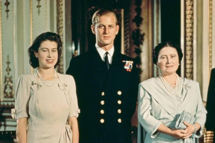 Die Königsfamilie mit Philip Mountbatten 1947.
