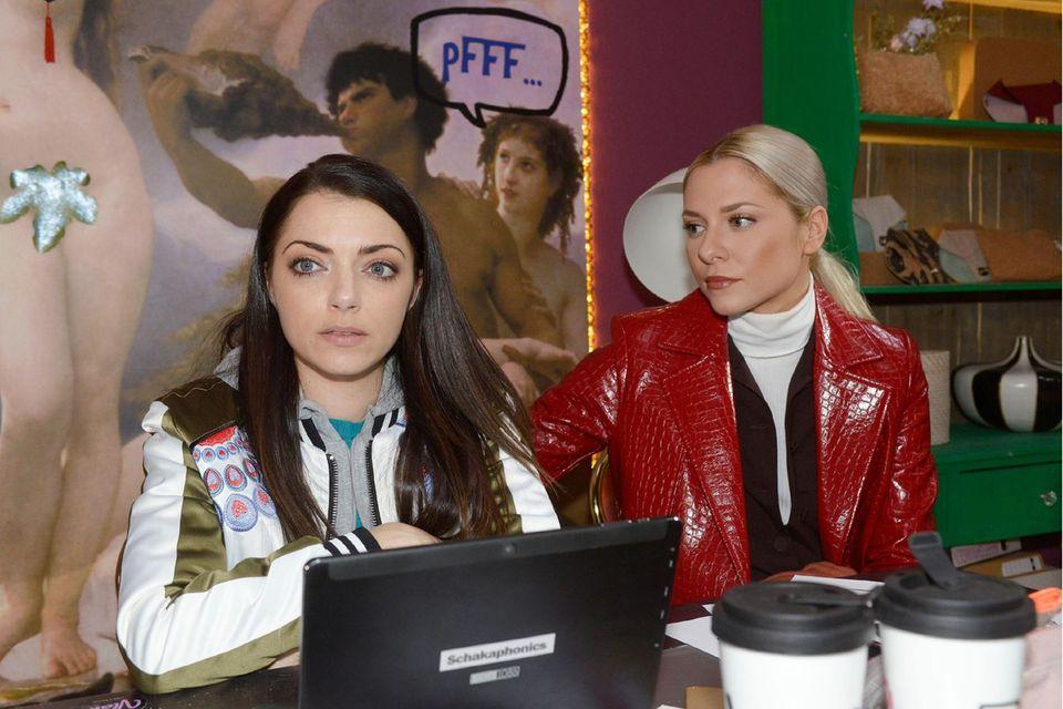 Emily (Anne Menden) (links)und Sunny (Valentina Pahde). Alle Folgen von GZSZ sehen Sie bei TVNOW.