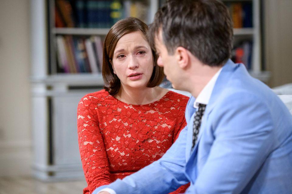 """In """"Sturm der Liebe"""" verlässt Eva (Uta Kargel) ihren Mann Robert (Lorenzo Patané)"""