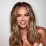 … auf dem Foto, das die Reality-Queen und Unternehmerin jetzt postete, ist sie allerdings kaum wiederzuerkennen. Neue Haarfarbe, sehr dunkler Teint und auch Gesicht und Zähne wirken deutlich verändert.