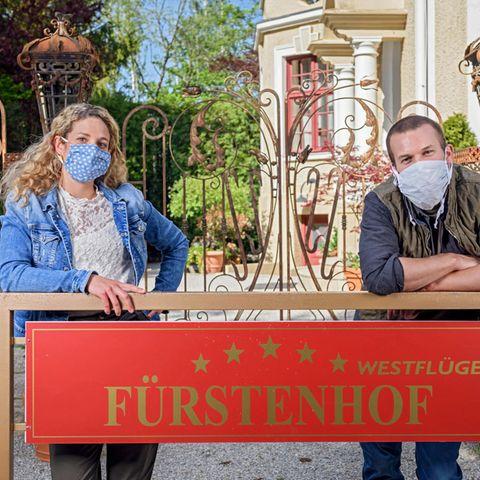 """Léa Wegmann und Florian Frowein am Set von """"Sturm der Liebe"""""""