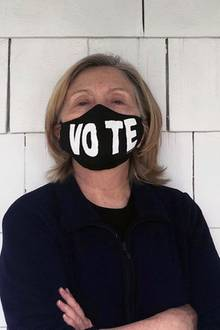Hillary Clinton zeigt sich ungeschminkt