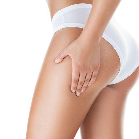 Frau in Shaping Unterwäsche
