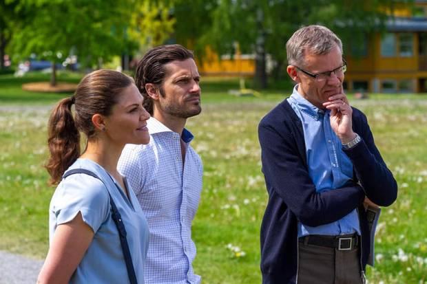 5. Juni 2020  Heute ist Weltumwelttag, und zu diesem Anlass besuchen Prinzessin Victoria und ihr Bruder Carl Philip schon am Vortag den Norra Djurgården, den Tiergarten in Stockholm.