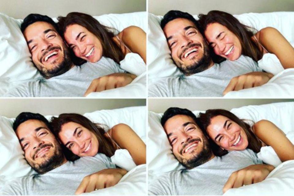 """6. Juni 2020  """"Wenn Eltern wissen, dass sie im Bett lang bleiben können, weil die Kids bei Oma und Opa sind..."""", schreibt Jana Ina Zarrella zu diesem gemütlichen Kuschel-Schnappschuss mit Giovanni am Wochenende."""
