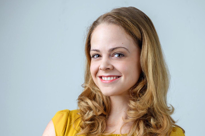 """Jennifer Siemann spielt in """"Sturm der Liebe"""" die Rolle Lucy Ehrlinger."""