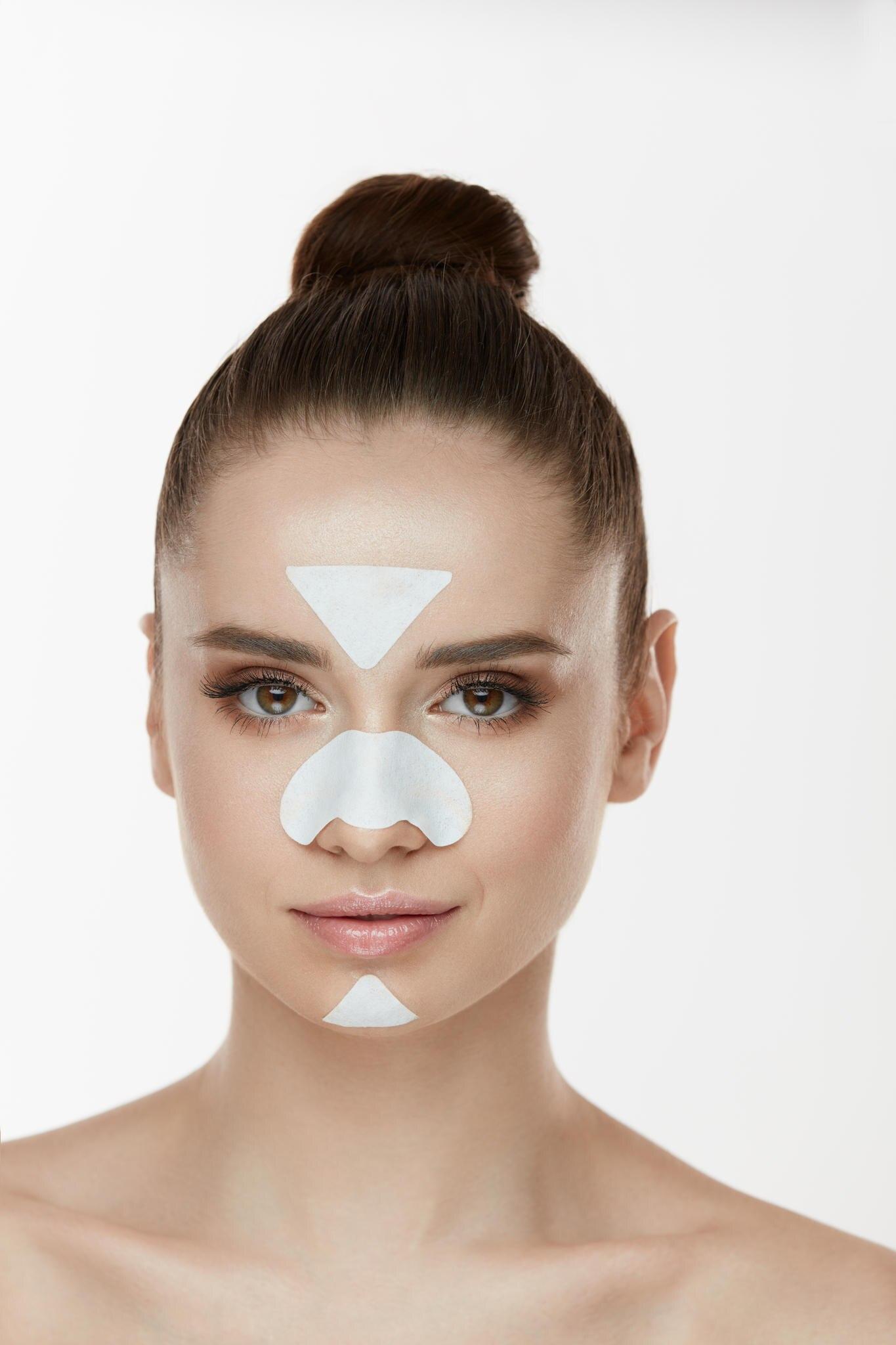 Unreine Haut im Gesicht: Die T-Zone.