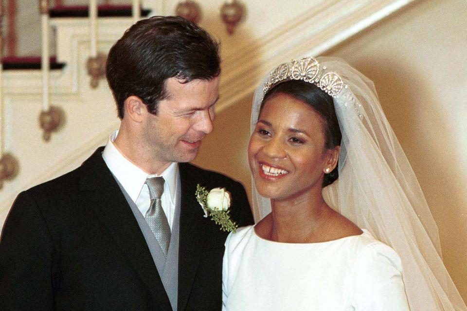 Das Brautkleid für ihre Hochzeit im Januar 2000 designte Prinzessin Angela von Liechtenstein selbst.