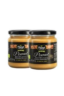 """Diebeiden Erdnussbutter-Sorten """"Smooth"""" und """" Crunchy"""" bestehen zu100% aus feinsten Erdnüssen, sindbiologisch,vegan,glutenfreiundohne jegliche Zusatzstoffe. Peanutbutter von Planet Plant-Based, ab ca. 3,29 Euro"""