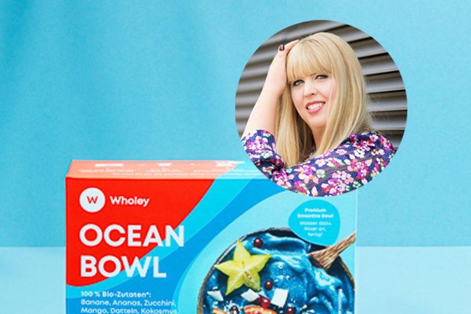 """Ressortleitung Nane macht Blau. Ihr hat es die """"Ocean Bowl"""" von Wholey angetan."""