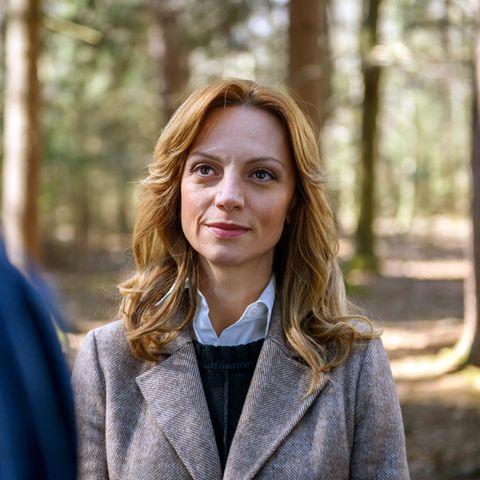 Viola Wedekind, 42, alias Ariane Kalenberg