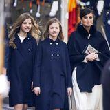 3. Februar 2020  Für die Parlamentseröffnung in Madrid haben sich Königin Letizai und ihre Töchter Sofía und Leonor besonders hübsch gemacht. DieMantel-Looks der royalen Schönheiten stammen von Star-Designerin Carolina Herrera.
