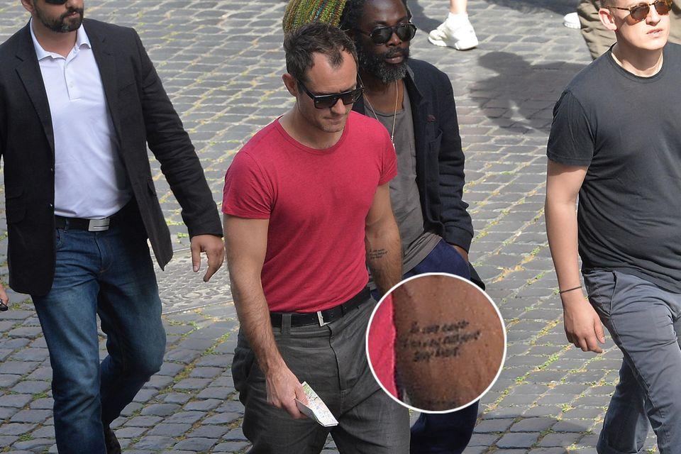 Jahre lang zierte das Liebes-Tattoo für seine Ex-Frau Sadie Frost seinen linken Unterarm.