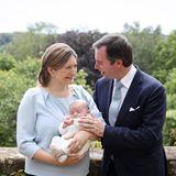 Elternglück: Prinzessin Stéphanie und Erbgroßherzog Guillaume steht die Freude über ihren ersten Sohn ins Gesicht geschrieben, und diese Freude teilt das royale Paar nur allzu gerne.