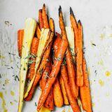 """Ernährungsexpertin Maja Seimer hat noch einen Food-Tipp parat: """"Karotten immer zusammen mit einem Spritzer hochwertigem Pflanzenöl genießen. So wird das enthaltene Vitamin A noch besser vom Körper aufgenommen."""""""