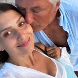 30. Juni 2020  Vor acht Jahren haben sich Hilaria und Alec Baldwin das Jawort gegeben. Auf Instagram zeigt sich das Paar, das gerade sein fünftes Kind erwartet, verliebt wie am ersten Tag.