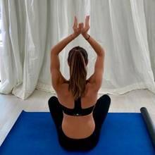 Namaste! Wie sie bei einer Fragerunde auf Instagram verriet, geht es für Ana Ivanovic regelmäßig auf die Matte. Bei Yoga, Pilates & Co.kann der Ex-Tennisprofi am besten abschalten und zur Ruhe kommen. Und ganz nebenbei auch ihren definierten Körper stählen...