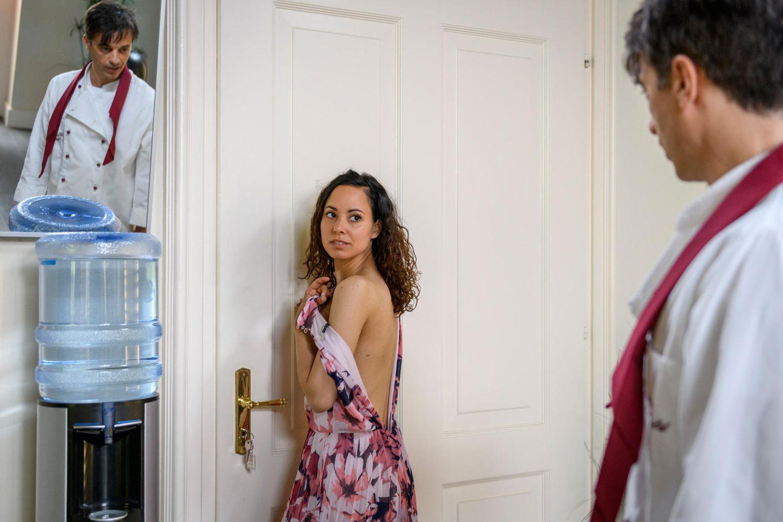Robert erwischt Vanessa in einer prekären Situation.
