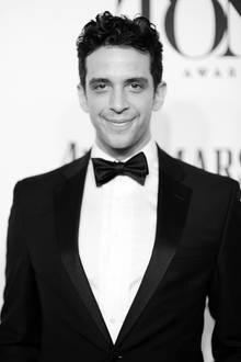 5. Juli 2020: Nick Cordero (41 Jahre)  Drei Monate lang kämpfte der Schauspieler und Broadway-Star gegen das Coronavirus an, nun ist er mit nur 41 Jahren in Los Angeles verstorben. Er hinterlässt seine Frau, einen Sohn und viele trauernde Hollywood-Kollegen.