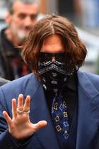 Johnny Depp vor dem High Court in London