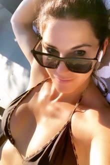 Mariella Ahrens trägt einen sexy Bikini.