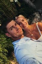 19. Mai 2020  Dieses schöne Throwback- Foto von sich und Lena Gercke postet Dustin Schöne zur Freude der Fans auf seinem Instagram-Account.