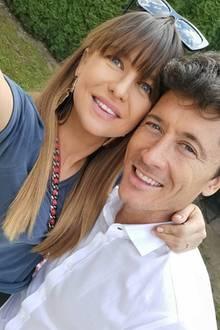 Anna Lewandowska bringt am 6. Mai 2020 ihr zweites Kind zur Welt: Töchterchen Laura. Nur zwei Monate später zeigt sich die Frau von Profi-Kicker Robert Lewandowski wieder so fit wie vor der Schwangerschaft – vom Babybauch ist keine Spur mehr ...