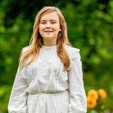Prinzessin Arianeist mit 13 Jahren die jüngste Töchter von Máxima und Willem-Alexander. Hier strahlt sie in einem weißen Kleid mit der Sonne um die Wette.