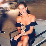 Ana Ivanovic im sexy Off-Shoulderkleid