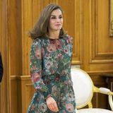 Königin Letizia im geblümten Zara-Kleid