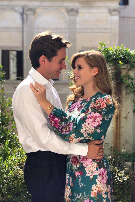 Edoardo Mapelli Mozzi undPrinzessin Beatrice. Das Foto hat Prinzessin Eugenie aufgenommen.