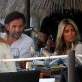 19. Juli 2020  Sylvie Meis und ihr VerlobterNiclas Castello treffen sich am ersten Tag ihres Urlaubes auf Mallorca mit Freunden zum Dinner in einem Beachclub.