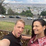Vom Montmartre aus haben Olli und Amira den besten Blick über die Stadt.