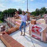 Monica Meier-Ivancan ist unter die Bauherrinnen gegangen und präsentiert ihren Instagram-Fans voller Stolz ihr neues Schlafzimmer. Erkennt man doch sofort, oder?