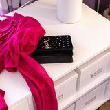 Ein pinkes Kleid, eine funkelnde Clutch: Fertig ist Sylvie Meis' Date-Look mit ihrem Verlobten Niclas Castello.