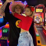 15. Februar 2020  Den Valentinstag haben Justin und Hailey Bieber offenbar in einer Spielhalle verbracht. Hauptsache das Paar findet es romantisch.