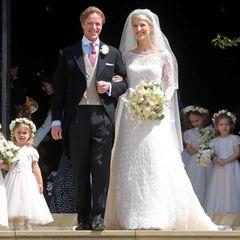 Bei der Hochzeit mit Thomas Kingston 2019 überrascht Gabriella Windsor viele mit der Wahl ihres Hochzeitskleides. Denn die Braut trägt anstatt Weiß ein zartes Blassrosa. Damit tritt sie in die Fußstapfen von Star-Bräuten wie Anne Hathaway und Gwen Stefani.