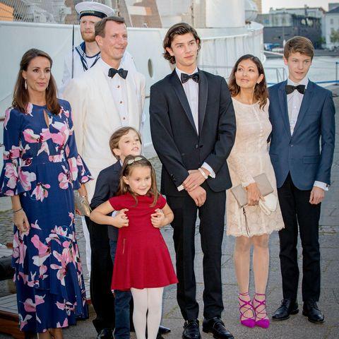 Prinzessin Marie von Dänemark, Prinz Joachim von Dänemark mit ihren KindernPrinzessin Athena und Prinz Henrik sowie Prinz Nikolai, Gräfin Alexandra und Prinz Felix