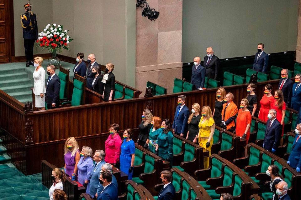 Stiller Protest im Plenarsaal des polnischen Parlaments in Warschau.