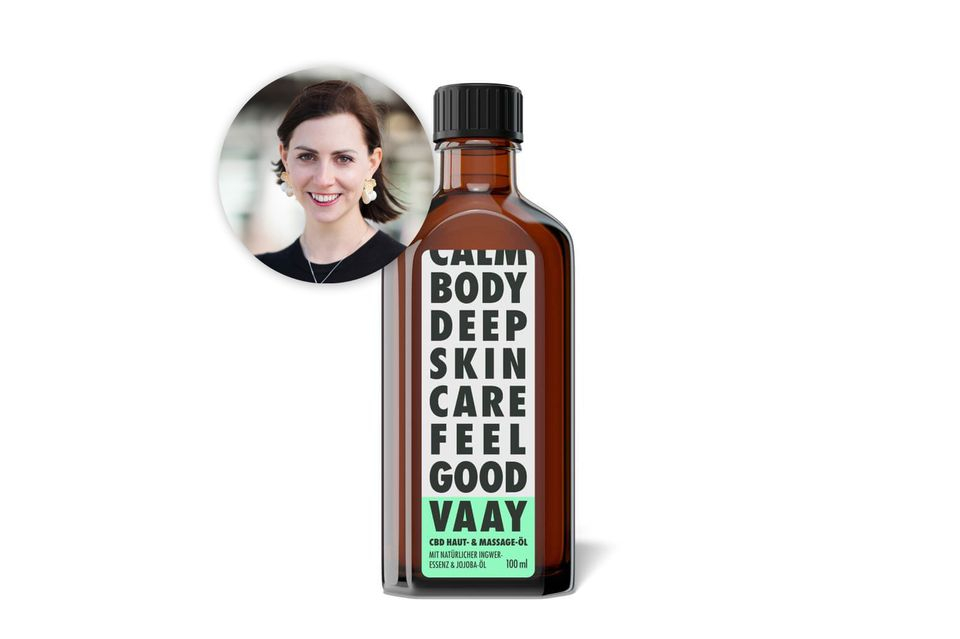 Natürlich gutRedakteurin Kathrin genießt das Me-Time-Ritual mit dem Haut- und Massage-Öl von Vaay. Das Beste der Hanfplanze tut auch ihrer trockenen Haut gut.