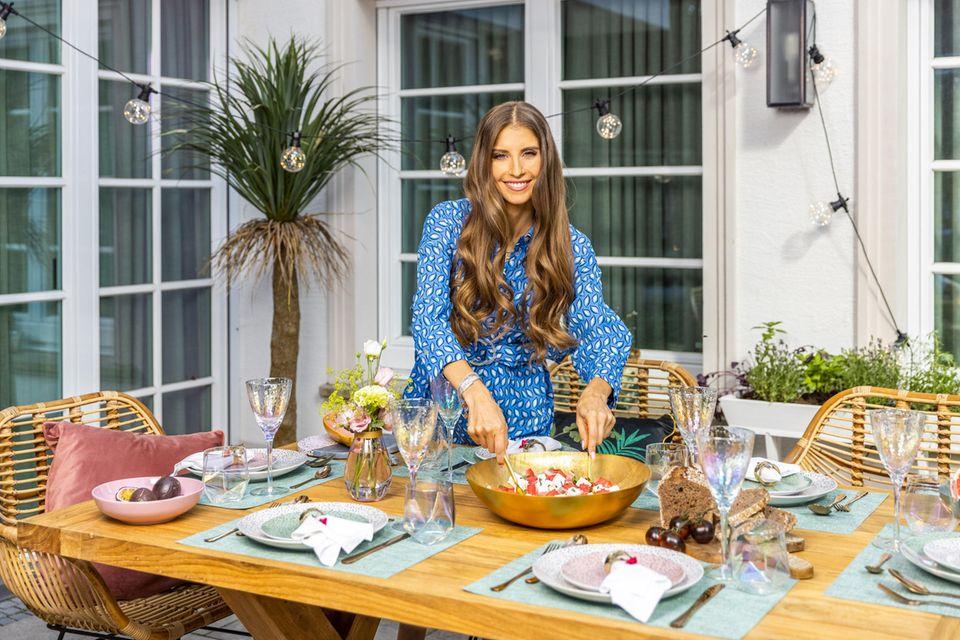 Am besten gefällt Cathy an dem neuen Garten- und Terrassen-Look die Mischung aus eleganten und verspielten Elementen.