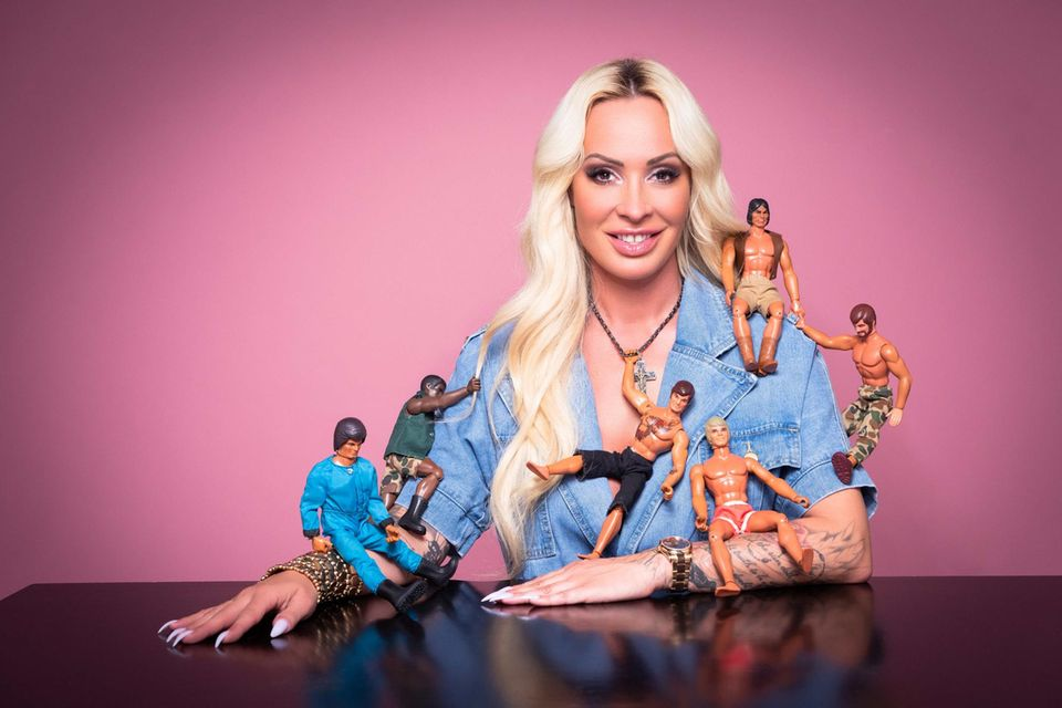 """Cora Schumacher sucht die große Liebe nun im TV (""""Coras House of Love"""" – ab 21. August 2020, immer freitags auf Joyn)."""