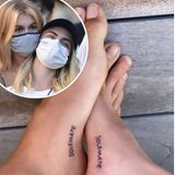 Beste Freundinnen oder Liebespaar? Darum ranken sich seit Wochen Gerüchte... Kaia Gerber und Cara Delevingne sind jetzt auf jeden Fall nicht mehr nur Seelenverwandte sondern auch Sohlenverwandte - das zeigt ein neues Tattoo auf der Innenseite ihrer Füße.