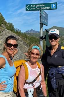 Royale Wanderlust: Prinzessin Märtha Louise, Königin Sonja und Prinzessin Mette-Marit zeigen sich entsannt wie selten.