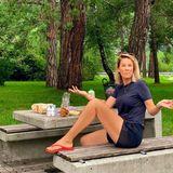 """15. August 2020  Urlaubsgrüße mal anders: Monica Meier-Ivancan teilt einen herrlich authentischen Schnappschuss vom Picknick an derA8.Diese """"Raststättenromantik"""" ist wohl den meisten Autoreisenden bestens vertraut."""
